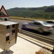 Un automobiliste fait un doigt d'honneur à un radar, il risque la prison ferme