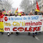 Manifestations : «Juppé a fini par plier, demain ce sera Macron»