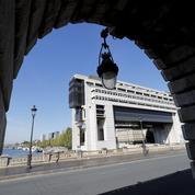 Les retards de paiement diminuent en France