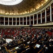 Attentats: des hommages et des questions à l'Assemblée