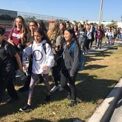 États-Unis : des sacs à dos transparents pour contrôler le port d'armes au lycée de Parkland