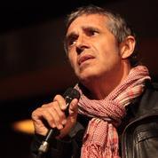 Julien Clerc raconte comment il a été agressé, avec sa fille, aux abords du Parc des Princes
