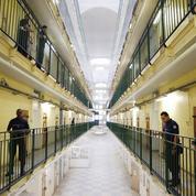 Attentat raté dans le XVIe à Paris : deux iPhones retrouvés dans la cellule d'un des suspects