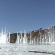 Chine : féerie des eaux sur une rivière de glace