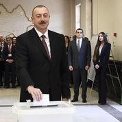 Azerbaïdjan : le président Aliev largement réélu