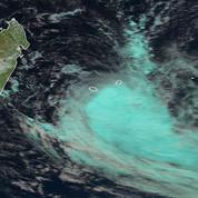 La Réunion : la tempête Fakir fait au moins deux morts