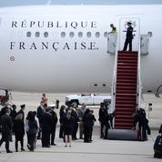 Macron en tournée au bout du monde