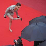 Photo du jour 8 à Cannes: Kristen Stewart, la Cendrillon du tapis rouge