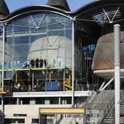 Les pilleurs hongrois des bibliothèques françaises comparaissent devant la justice