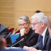 SNCF: Élisabeth Borne précise la réforme au Sénat