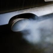 Hidalgo attaque la Commission européenne pour avoir accordé un «permis de polluer»