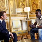 Mamoudou Gassama : Macron glorifie les héros du quotidien