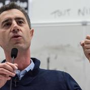 Ruffin s'insurge contre le «tunnel continuel» de projets de loi déposés à l'Assemblée