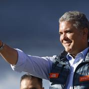 Colombie: duel droite-gauche pour le second tour de la présidentielle