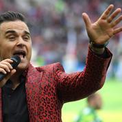 Coupe du monde en Russie: le doigt d'honneur de Robbie Williams fait polémique