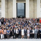 Un an après, Macron face aux divisions de sa majorité