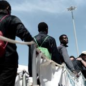 Renaud Girard : «Immigration: arrêtons l'appel d'air européen!»