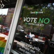 Aux États-Unis, un vote pour remplacer les pourboires des serveurs par un salaire minimum