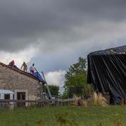 Orages : plusieurs milliers de foyers toujours privés d'électricité