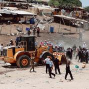 À Khan el-Ahmar, les Bédouins face aux bulldozers
