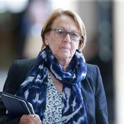 Des Bretons se mobilisent contre le projet de scission du Crédit mutuel Arkéa
