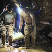 Thaïlande : l'entraîneur et trois adolescents rescapés de la grotte sont apatrides