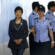 Corée du Sud : huit ans de prison supplémentaires pour l'ex-présidente Park