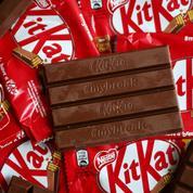 Qui, de Nestlé ou Mondelez, gagnera la guerre du KitKat ?