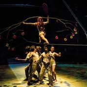 Le cirque, ses chapiteaux et ses châteaux