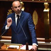 L'opposition dénonce la suffisance d'Édouard Philippe dans son discours