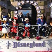 À 90 ans, Mickey est contraint de partager la vedette dans les parcs Disneyland