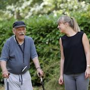 Isolement des seniors : pendant l'été, Ludivine veille sur les personnes âgées