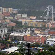 Italie : les faits et les images après l'effondrement du viaduc à Gênes