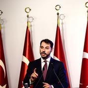 La Turquie rejette toute aide du FMI et s'efforce de rassurer