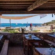 En Corse, les paillotes de la discorde