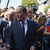 François Hollande charge à nouveau Emmanuel Macron