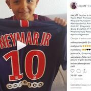 La touchante vidéo de l'enfant qui avait reçu un câlin de Neymar