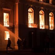 L'incendie du Musée national de Rio ou l'histoire du suicide culturel brésilien