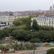 Nantes se divise sur l'accueil des migrants