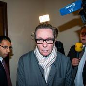 Prix Nobel 2018 reporté: le Français Jean-Claude Arnault jugé à Stockholm pour viols