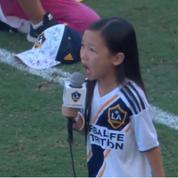 Une enfant épate la MLS et Zlatan Ibrahimovic en chantant l'hymne national