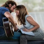 AStar Is Born: Lady Gaga au naturel dans les bras de Bradley Cooper