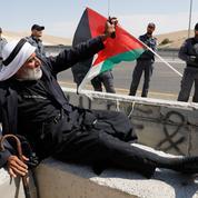 Cisjordanie : les Bédouins de Khan al-Ahmar font de la résistance