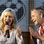 Romane Serda, l'ex-épouse de Renaud très agacée, affirme que «tout va bien» pour lui