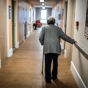 Ehpad: 2000 euros restent à la charge des retraités chaque mois