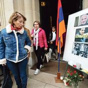 Macron opte pour un hommage national à Aznavour
