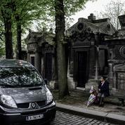 S'il est cher de vivre à Paris, il l'est tout autant d'y mourir