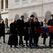 Pour les admirateurs d'Aznavour aux Invalides, «La Bohème, ça voulait dire beaucoup»