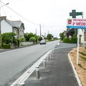 «Le Figaro» publie une carte inédite des déserts médicaux en France
