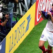 Le maillot France-Brésil 1998 de Zidane retiré de la vente aux enchères